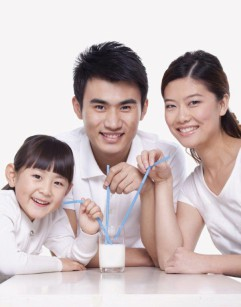 asian-family-186478035