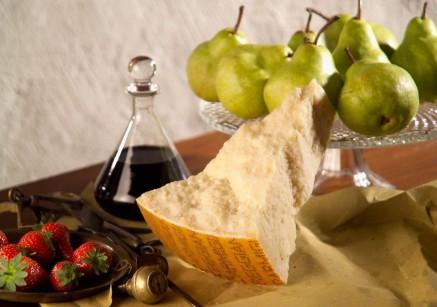 Parmigiano Reggiano, only parmesan - con le pere 1