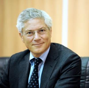 06/12/2011 Roma, cerimonia delle consegne all'Autorità' Garante per la Concorrenza nel Mercato. Nella foto Giovanni Pitruzzella, neo preisdente dell'Antitrust