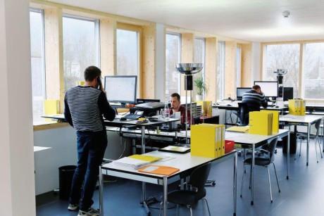 Vista interna degli uffici della sede svizzera di Sulbana