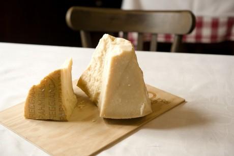 Parmigiano Reggiano CGF8210 picc
