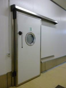 Le porte per celle frigorifere Ferbox sono realizzate con materiali che rendono più efficiente la coibentazione, e con diversi tipi di finiture