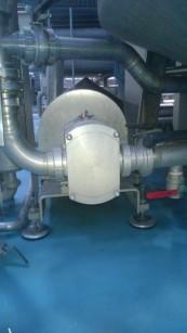Le trilobo elicoidali FL3 permettono di pompare il prodotto e il processo CIP con la stessa pompa