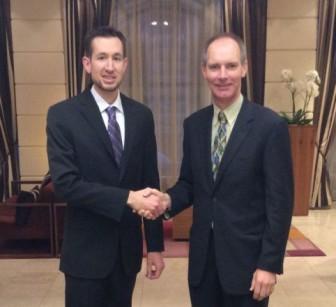 Jeffrey Moore (USP) e Jaap Evers (IDF) suggellano l'intesa
