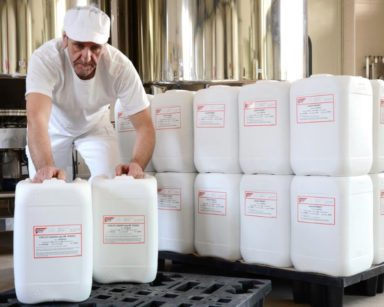 Il caglio animale Clerici è un prodotto naturale al 100%, perfetto per produrre gorgonzola morbido e cremoso